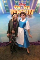 Sarah Michelle Gellar - Disney On Ice Presents 'Rockin' Ever After' at STAPLES Center LA 12/14/13