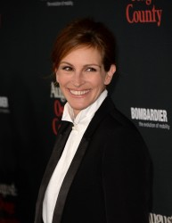 "Julia Roberts - ""August Osage County"" Premiere in LA 12/16/13"