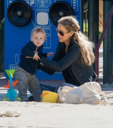 Elizabeth Berkley - at Coldwater Canyon Park in Beverly Hills 12/25/13