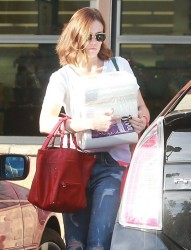 Mandy Moore - at Whole Foods in Los Feliz 12/27/13