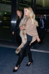 Jessica Simpson - at JFK Airport in NYC 1/5/14