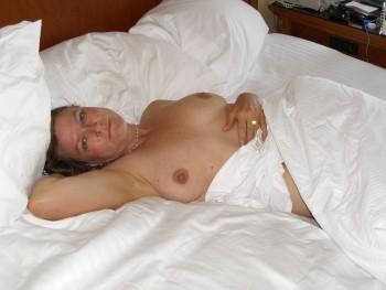 Amateur Hardcore Pictures - Free Porn & Adult Videos