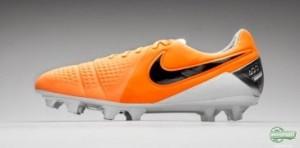 Download Nike CTR360 Maestri 3 Naranjas 2014