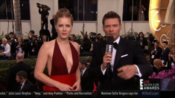 AMY ADAMS CLEAVAGE - RED CARPET Golden Globe Awards 2014