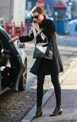 Miranda Kerr - out in NYC 1/30/14
