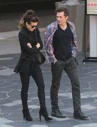 Kate Beckinsale - Shopping in Santa Monica 2/5/14
