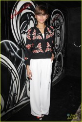 Zendaya Coleman - Alice + Olivia Fashion Show in NYC 2/10/14