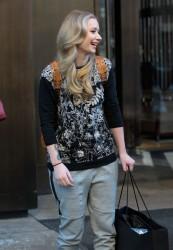Iggy Azalea - leaving her hotel in NYC 2/11/14
