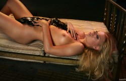 http://thumbnails110.imagebam.com/30796/db038c307955813.jpg