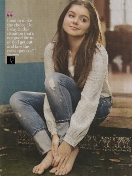 Ariel Winter: Magazine Scan: *Feet* HQ x 1