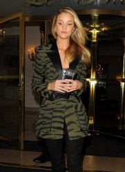 Rosie Huntington-Whiteley - Leaving her hotel in Paris 2/26/14