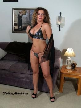 MILF Colombiana Labios Caliente Melanie Video