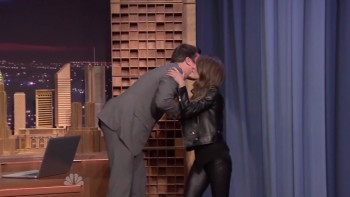 KERI RUSSELL LEATHER DEVIL TROUSERS - Fallon 03.07.14