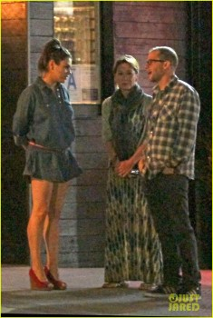 Mila Kunis 'leggy' & Kutcher with Jon Cryer, wife  3/12/14