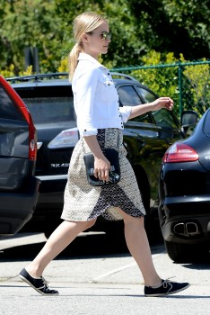 Dianna Agron - out and about in Hollywood - 01.04.2014