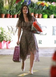 Minka Kelly - Shopping at Whole Foods in Beverly Hills 4/14/14