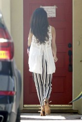 Selena Gomez - Arriving to a friends house in LA 4/16/14