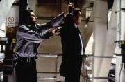 Джеймс Бонд 007: Завтра не умрёт никогда / Tomorrow Never Dies (Пирс Броснан, 1997) 9940d0324382729