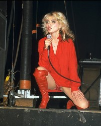 Debbie Harry *Blondie* On Stage Up-Skirt - MQ x 1