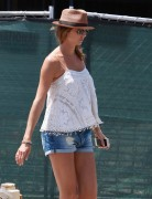 Stacy Keibler - Heads to a Salon 5/08/14