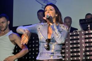 SUPERSTAR 80 - SABRINA SALERNO - 16.05.14 LIVE @DONOMA CIVITANOVA  203ff2327319069