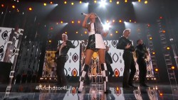 Ariana Grande ft Iggy Azalea | 2014 Billboard Music Awards | Upskirts 1080p