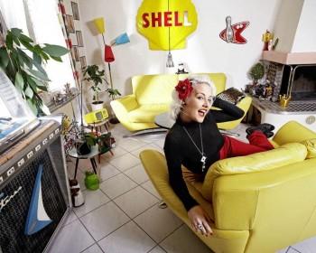Swiss Burlesque dancer and model Zoe Scarlett - Nice Wallpaper x 1