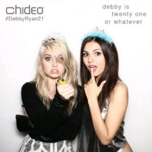 Victoria Justice + Debby Ryan - Photobooth Pics from Debby's B-Day Party