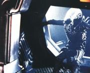 Чужой / Alien (Сигурни Уивер, 1979)  2489de330369923