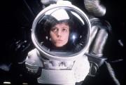 Чужой / Alien (Сигурни Уивер, 1979)  74758c330369961