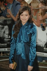 Katie Leung and Bonnie Wright @ UK film premiere of The Bourne Ultimatum 8/16/07