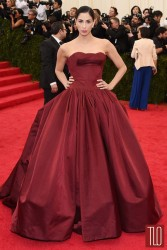 Sarah Silverman stunning in red dress @ Met Gala 2014  5/5/14