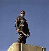 Терминатор 2 - Судный день / Terminator 2 Judgment Day (Арнольд Шварценеггер, Линда Хэмилтон, Эдвард Ферлонг, 1991) 59bb7e333987220