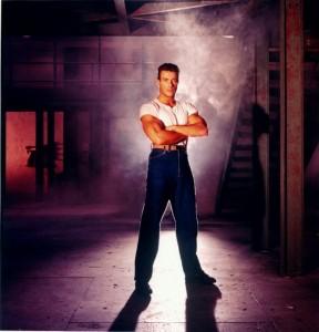 Ордер на смерть (Смертельный приговор) / Death Warrant; Жан-Клод Ван Дамм (Jean-Claude Van Damme), 1990 0b8f4d334068033