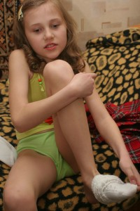 little schoolgirl princess 4 download foto gambar