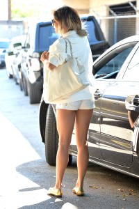 Vanessa Hudgens out and about candids 12