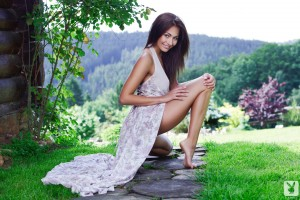 http://thumbnails110.imagebam.com/33806/f70879338050114.jpg
