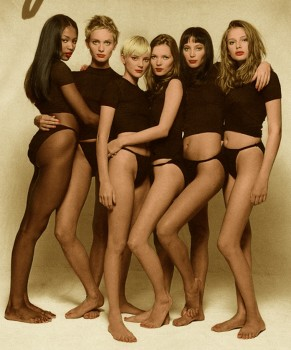 Naomi Campbell, Beri Smither, Jaime Rishar, Kate Moss, Christy Turlington and Brigdet Hal - l Picture Underwear 90' Years - Colored by me