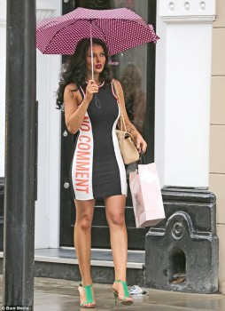 Helen Flanagan - Shooping Chelsea London - x 4 lq