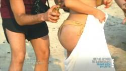 Kim Kardashian Wearing a Bikini in Keeping Up With The Kardashians S09 E15