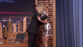TAYLOR SWIFT - HOT - The Tonight Show 08,13,14