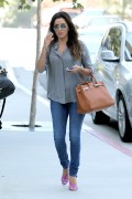 Eva Longoria stops by the CAA office building this afternoon for a meeting 14 August 14-2014 x11