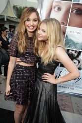 1545bc346461788 Chloe Grace Moretz   Los Angeles premiere of If I Stay   August 20, 2014   30 HQ candids