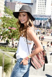 a0b404348525548 Jamie Chung at the 2014 Budweiser Made in America Festival in Los Angeles   August 30, 2014   24 HQ candids