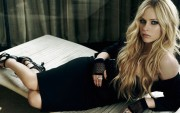 Avril Lavigne : Sexy Widescreen Wallpapers x 25 (3 of 5)