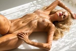 http://thumbnails110.imagebam.com/35175/89fb2e351747494.jpg