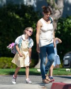 Jennifer Garner with Violet and Seraphina after school - 09/15/2014 - 8HQ
