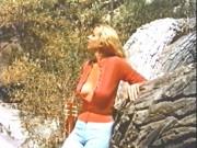 Eve Meyer  nackt