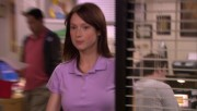 Ellie Kemper a bit nippy on The Office S05E24; blurayrip 1080p