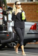 Reese Witherspoon - Heading to her yoga class Brentwood October 1-2014 x20